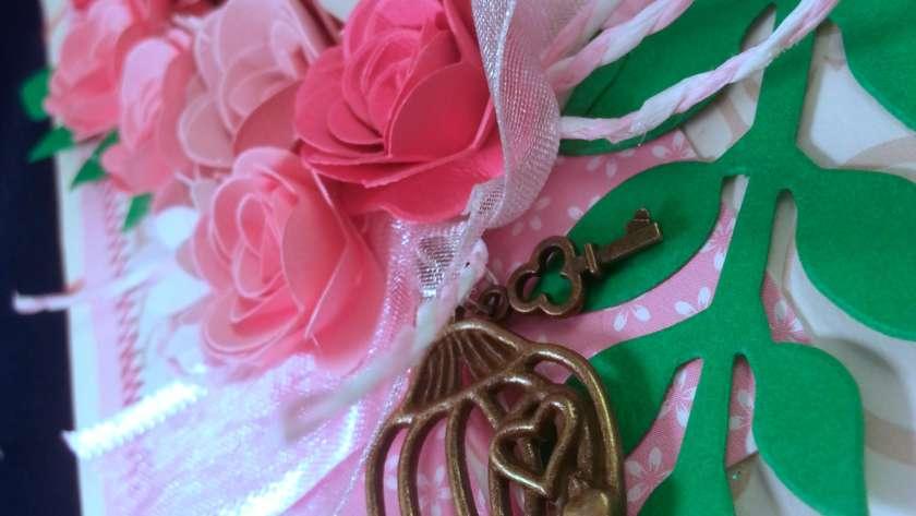 "Guestbook, Matrimonio sulla ""vie en rose"""