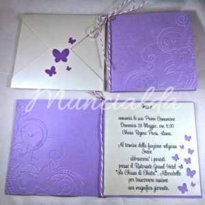 """alt=""""partecipazioni-inviti-comunione-handmade-embossing-farfalle-butterfly-viola-liliac"""""""