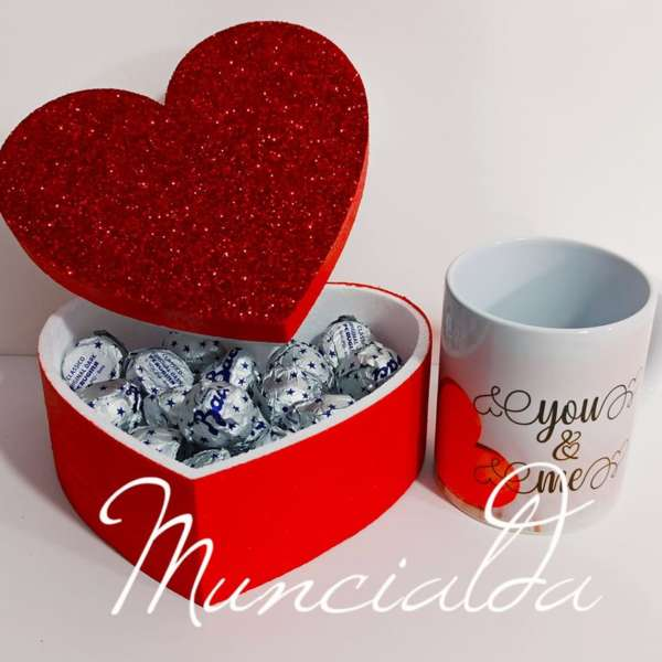scatola baci con mug